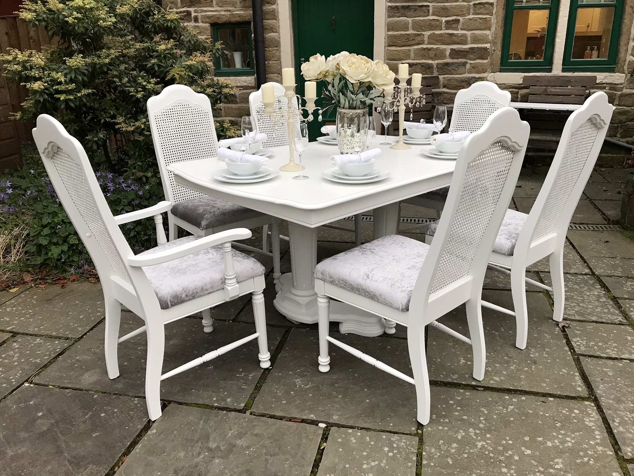 French Chic Dining Table & 6 Bergere Chairs