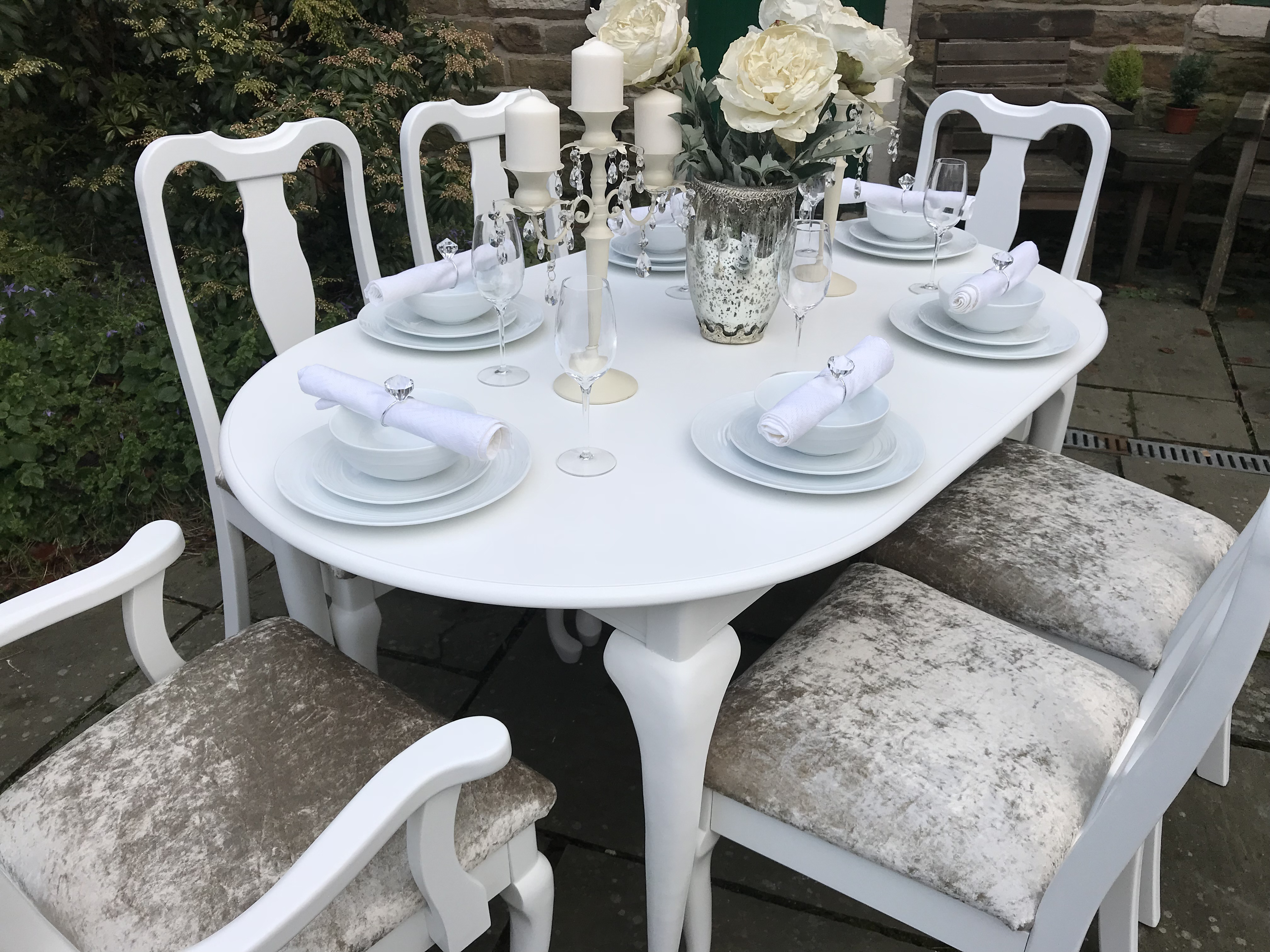 Queen Anne Extending Dining Set ~ Champagne Gold Upholstered Seats