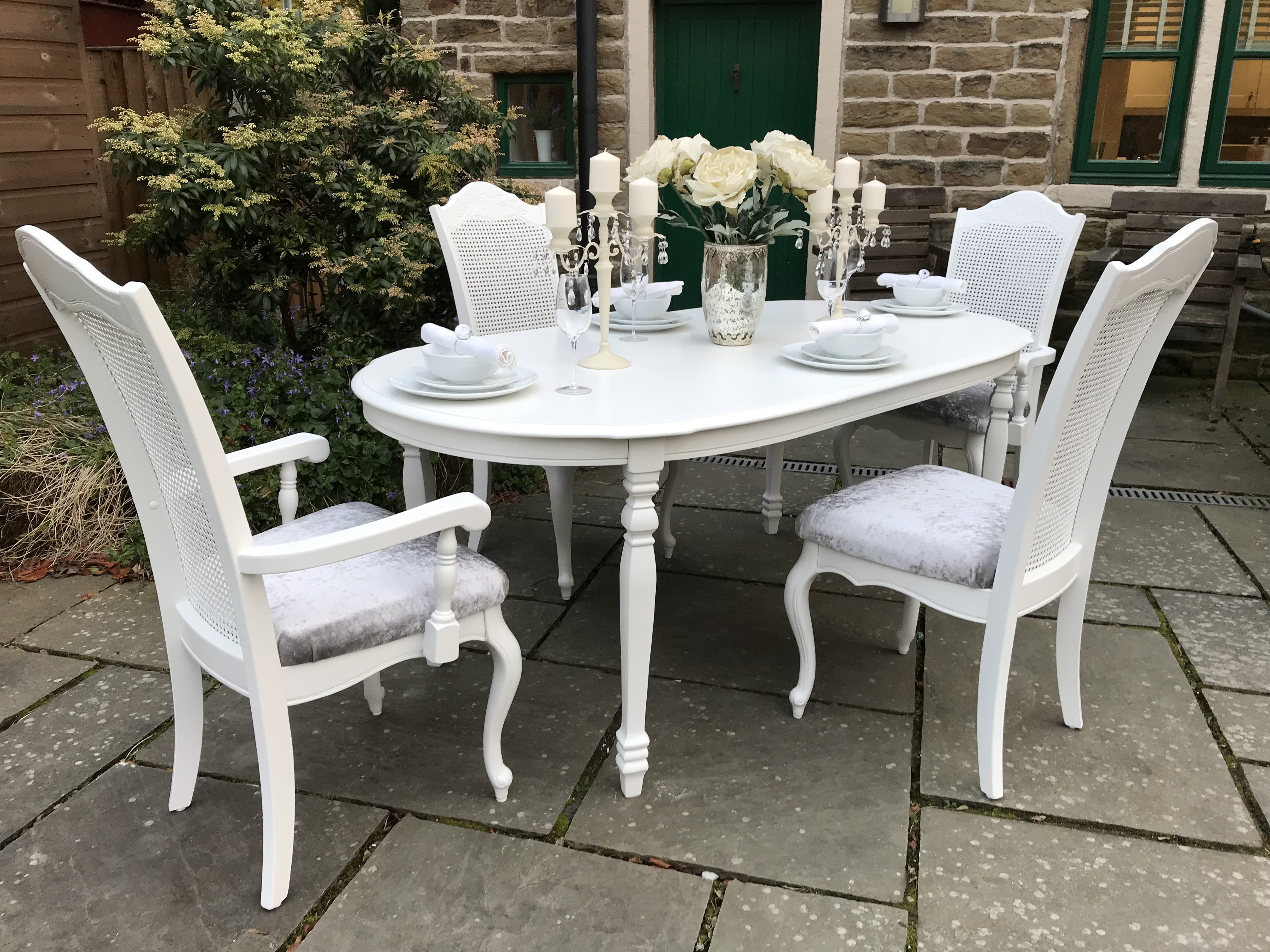 French Chic Extending Dining Table & 4 Chairs ~ Seats 6
