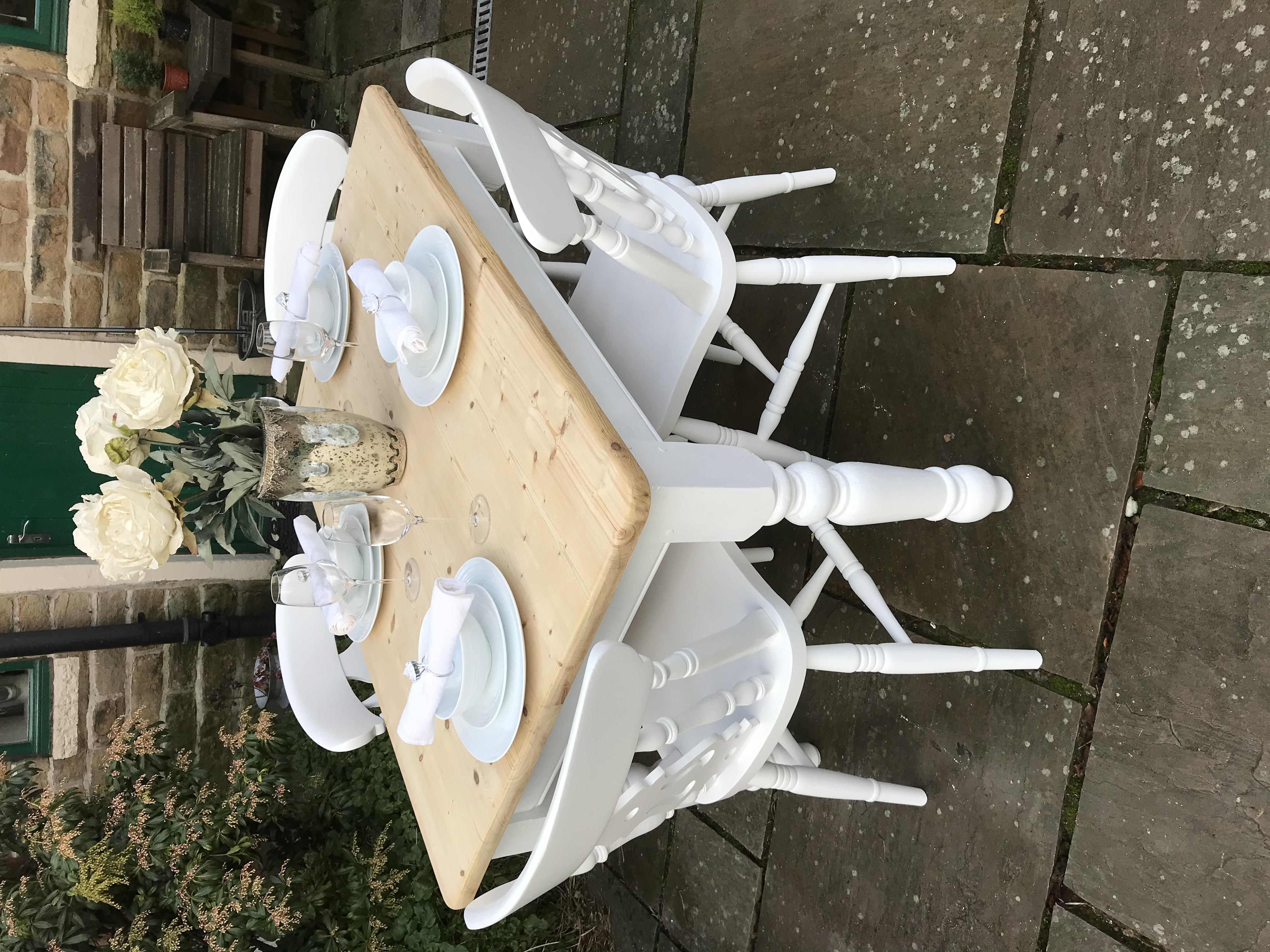 Farmhouse Dining Table & 4 Chairs