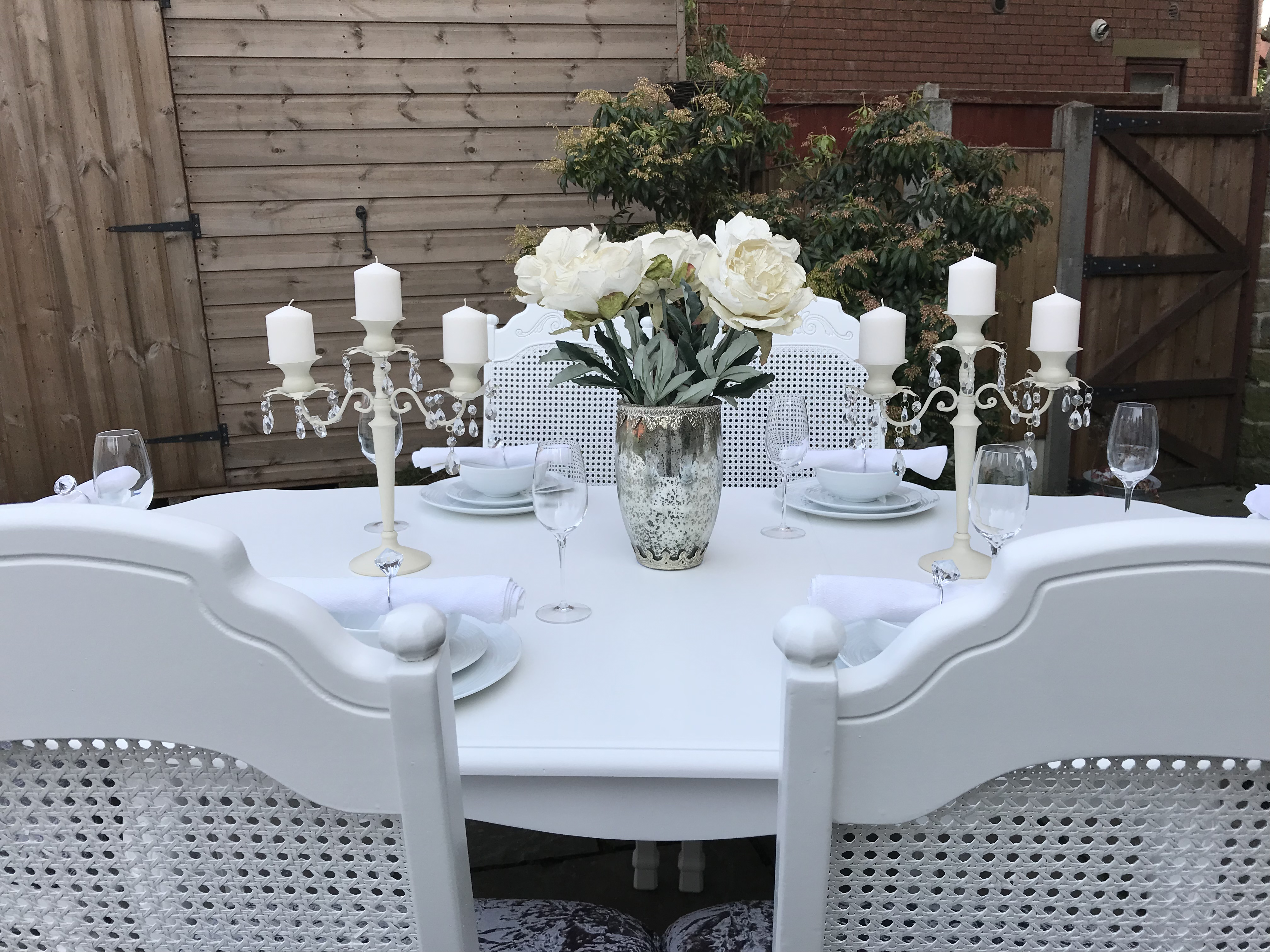 French Chic Dining Table & 6 Chairs ~ Extends
