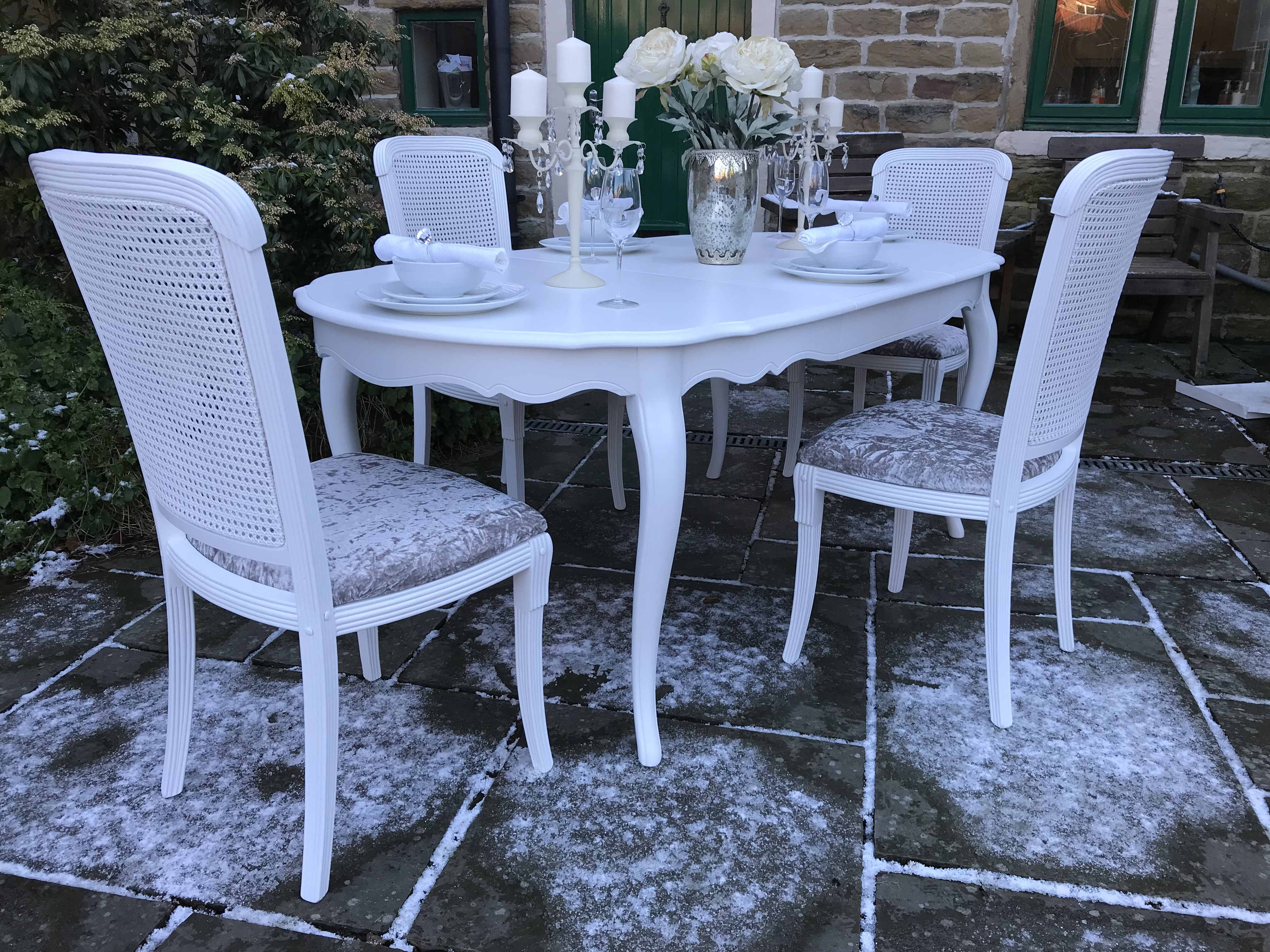 French Chic Extending Dining Table & 4 Rattan Chairs