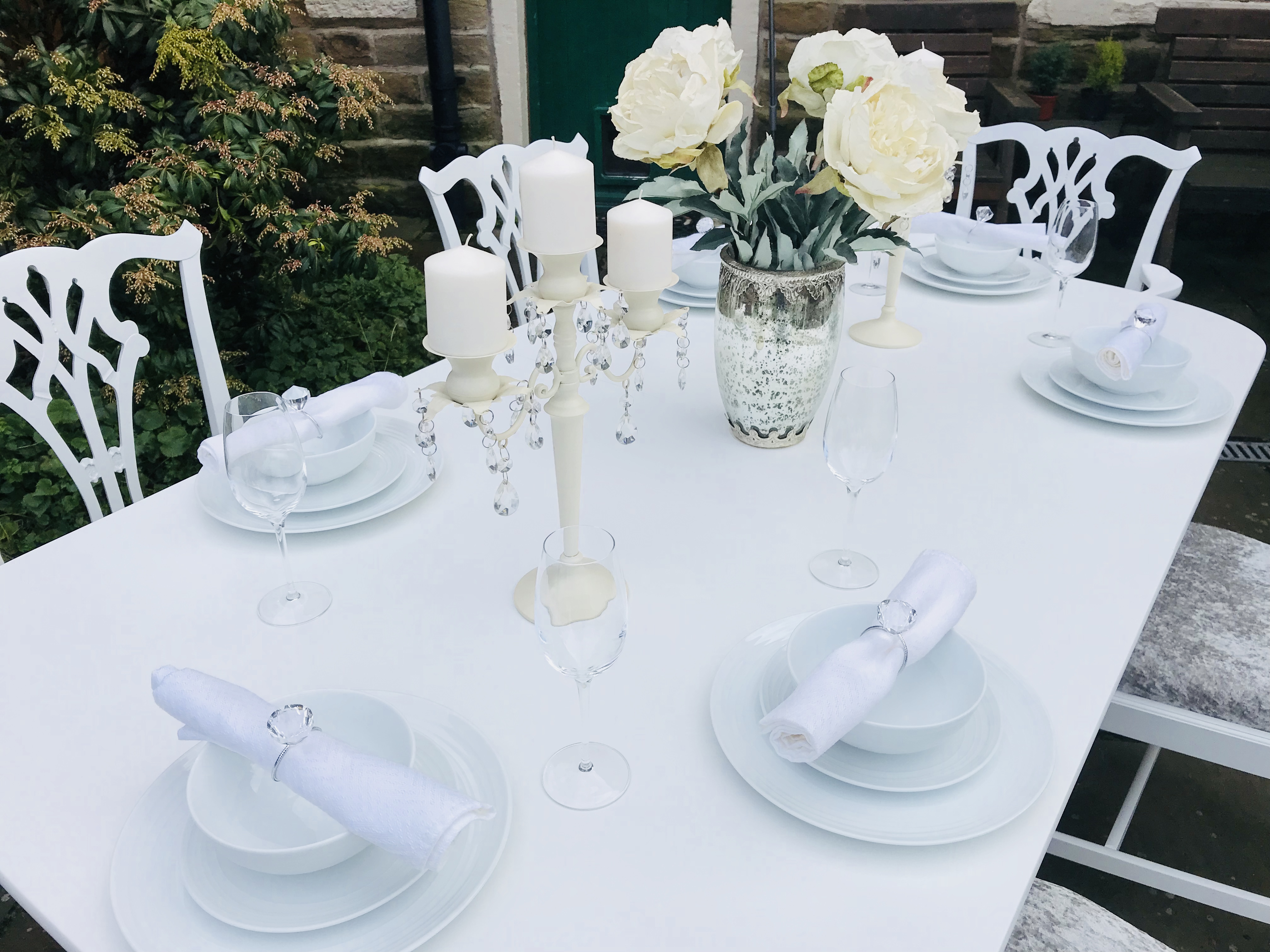 Elegant Dining Table & 6 Chairs