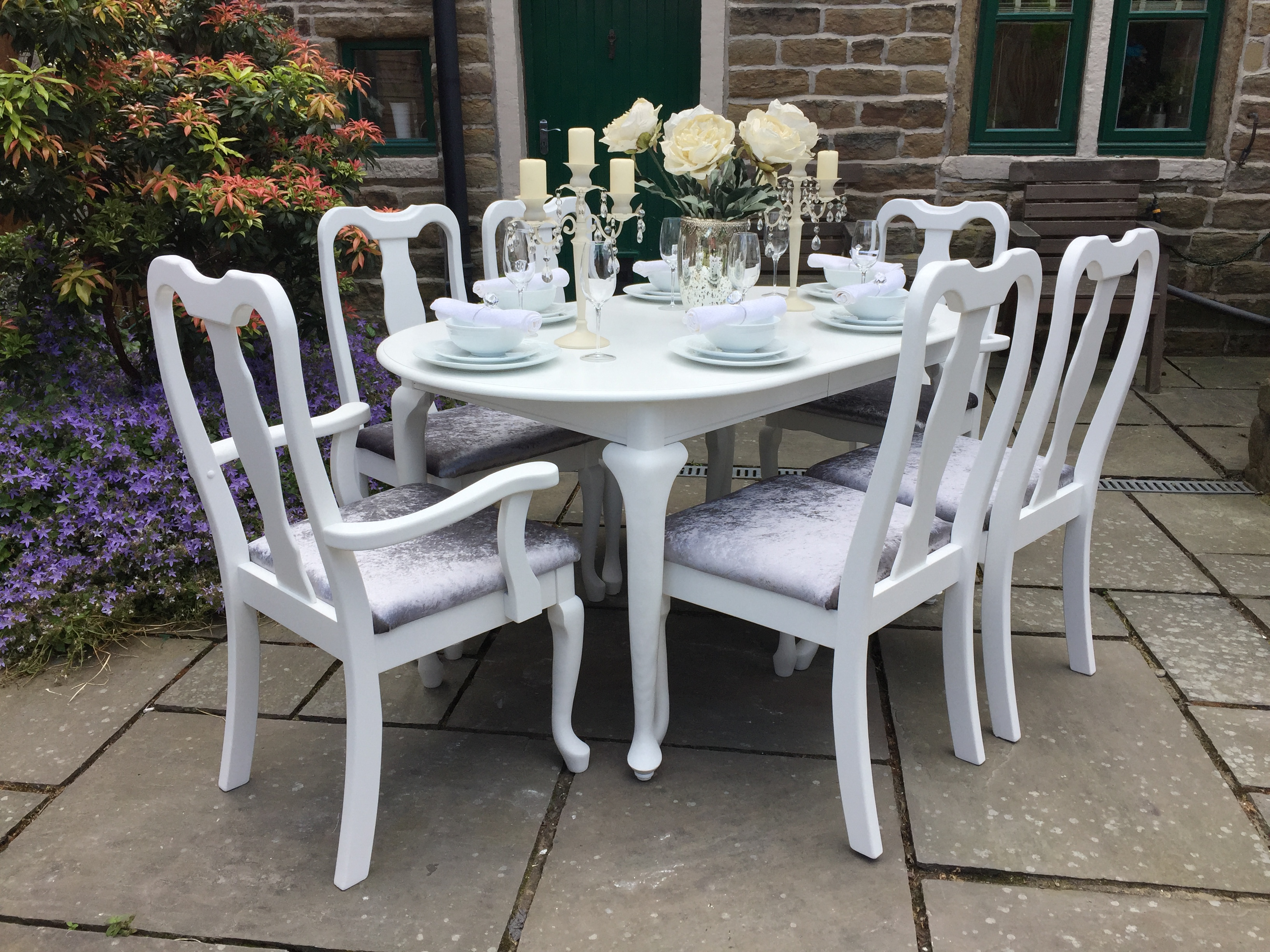 Queen Anne Extending Dining Table & 6 Chairs