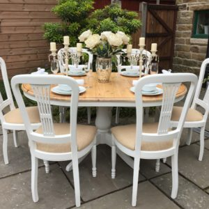 Farmhouse Extending Dining Table & 6 Chairs