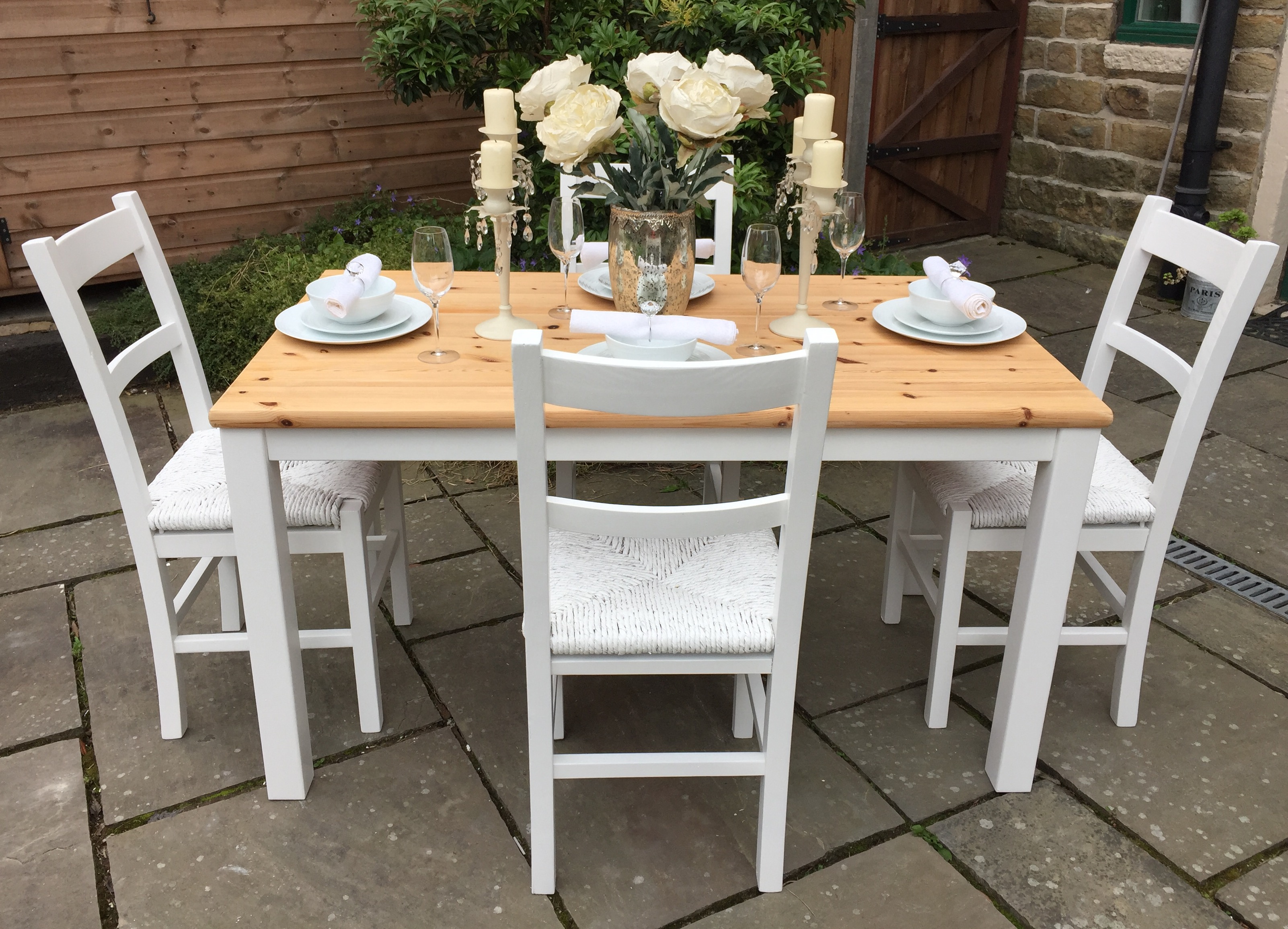 Dining Table & 6 Chairs ~ Available as a 4 or 6 Seater set!