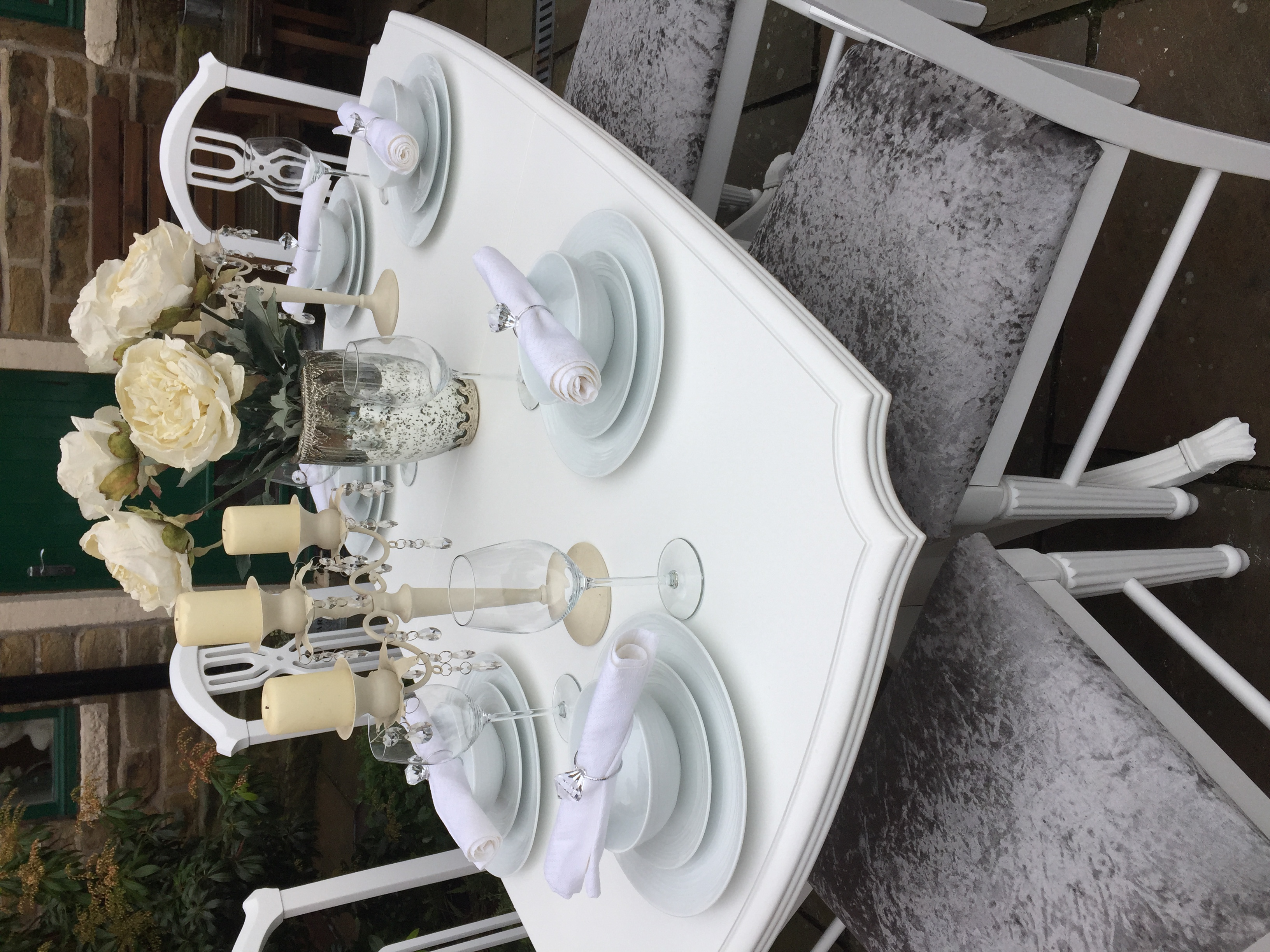 Extending Dining Table & 6 Grey Upholstered Chairs