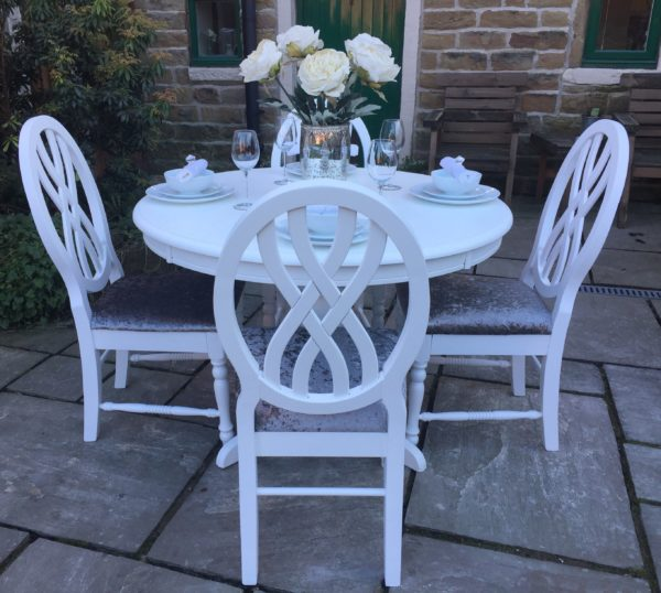 Vintage White Dining Table & 4 Grey Chairs