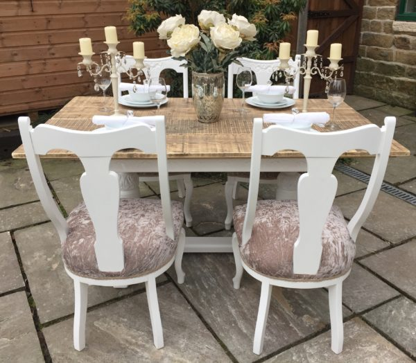 Vintage Farmhouse Dining Table & 4 Antique Chairs ~ Seats 6