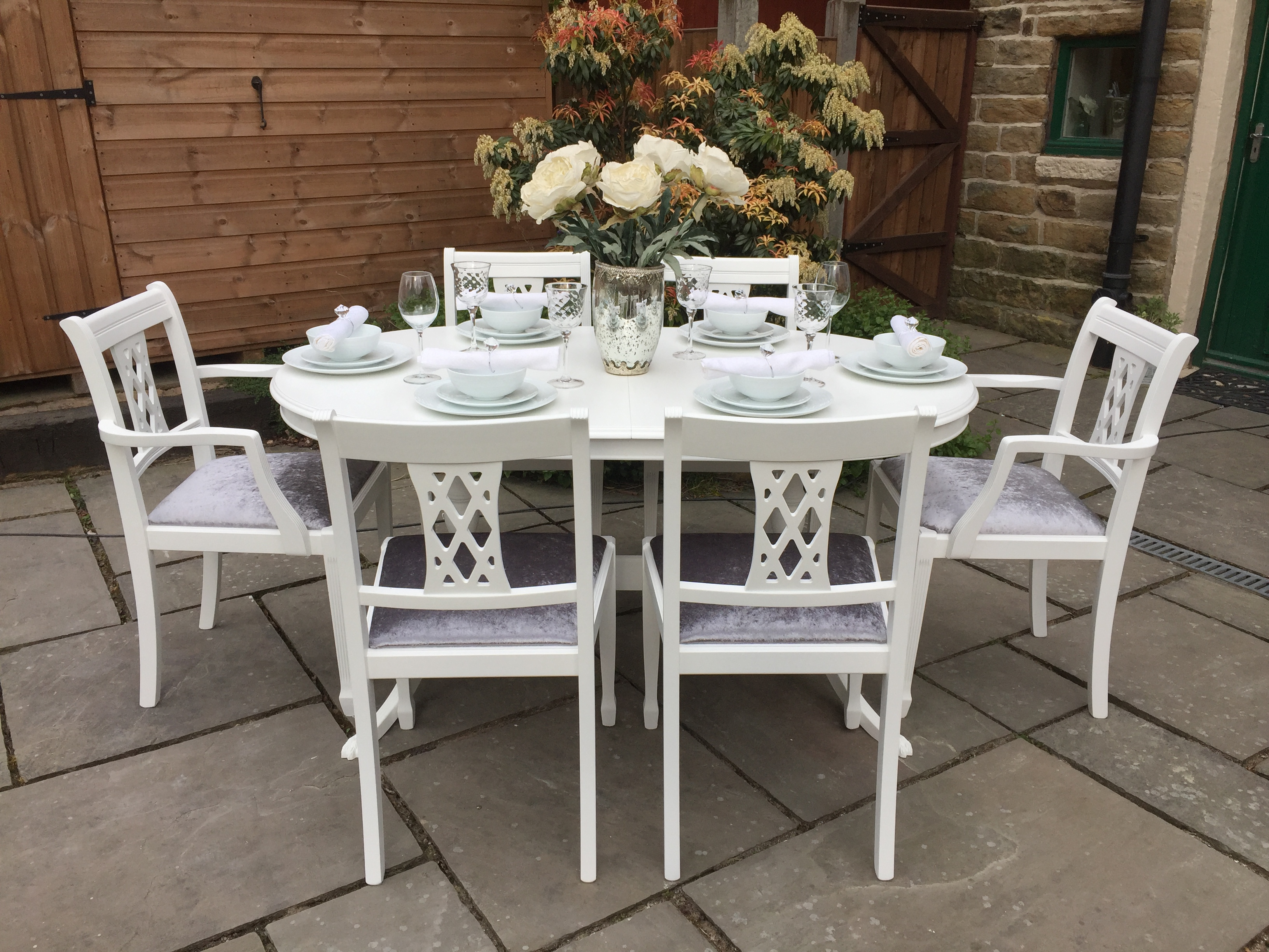 Vintage Extending Dining Table & 6 Diamond Back Chairs